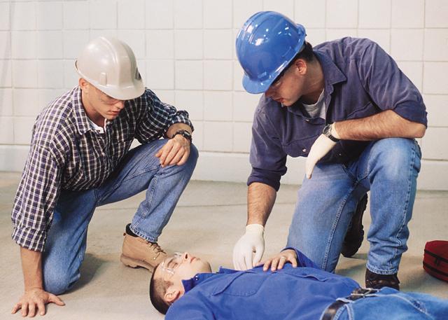Оказание первой помощи при несчастных случаях на производстве